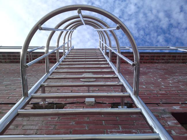 Конструкция пожарных лестниц
