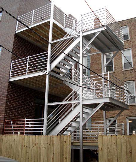 Наружные, уличные, стационарные, лестницы зданий