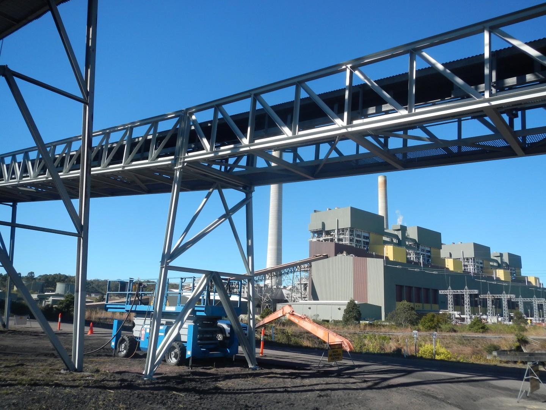 Металлоконструкция промышленной эстакады фото